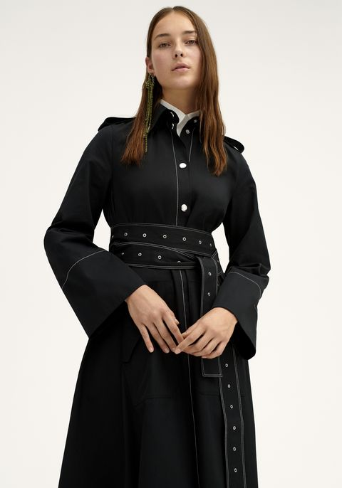 Clothing, Black, Coat, Sleeve, Outerwear, Fashion, Overcoat, Dress, Photo shoot, Collar,