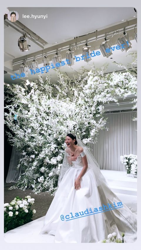 Photograph, Dress, White, Wedding dress, Gown, Bride, Clothing, Bridal clothing, Bridal accessory, Shoulder,
