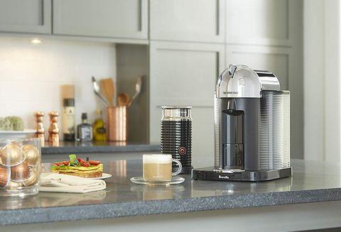 Countertop, Room, Kitchen, Small appliance, Interior design, Furniture, Floor, Material property, Flooring, Tile,