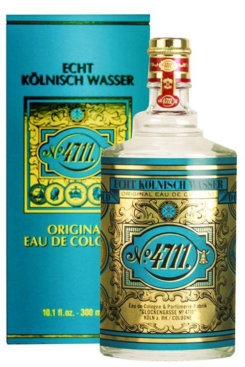 Drink, Liqueur, Alcoholic beverage, Distilled beverage, Bottle,