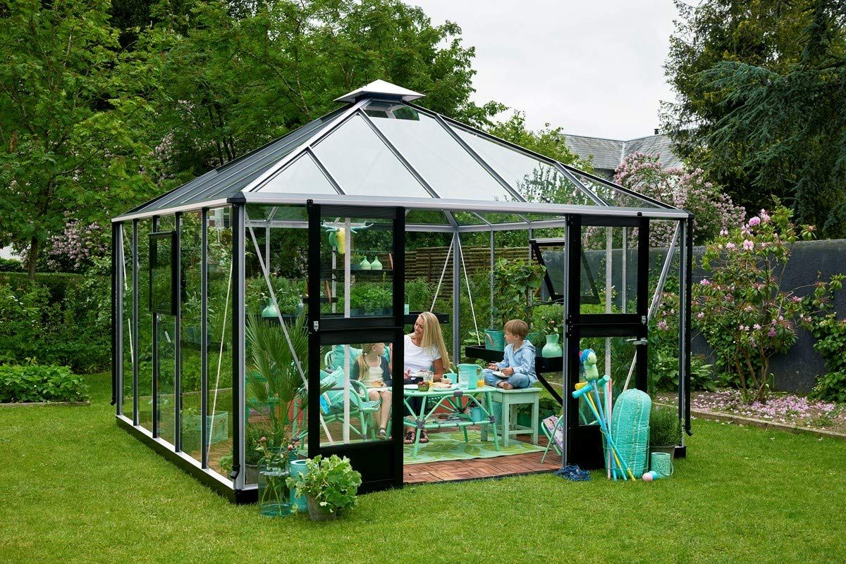 Amazon Is Selling an Enormous Greenhouse That's Better Than Any She Shed