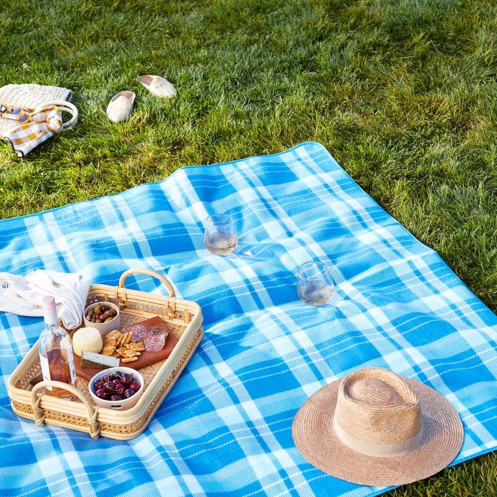 19 picnic blankets for chic alfresco feasts in your garden or at the park