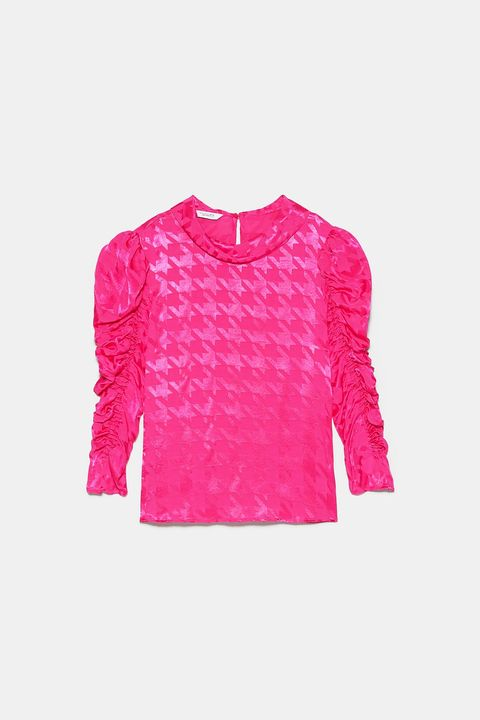 Clothing, Pink, Sleeve, Magenta, Outerwear, T-shirt, Top, Sweater, Long-sleeved t-shirt, Blouse,