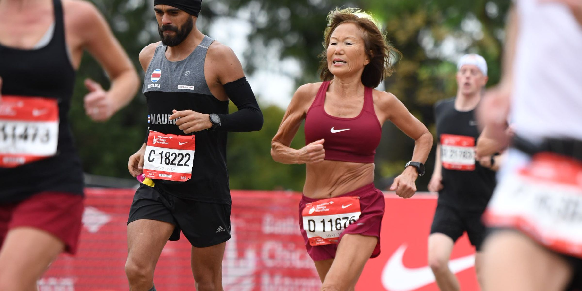 Jeannie Rice runs Chicago Marathon