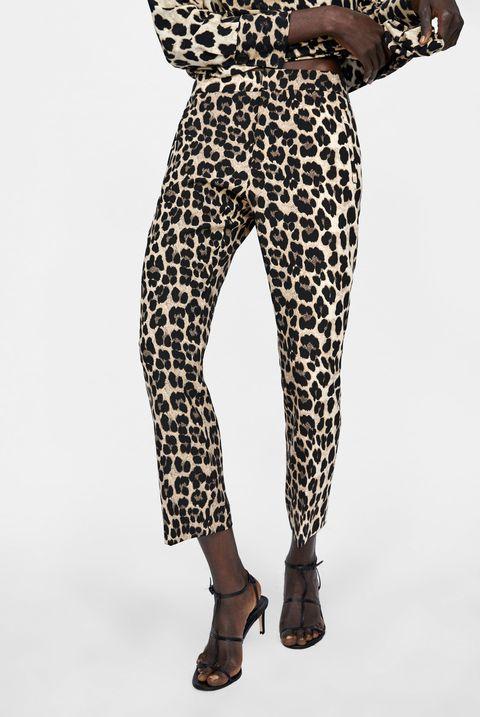 Los Pantalones De Animal Print De Zara De Dulceida Seran Tu Basico De Este Otono Dulceida Muestra Los Pantalones Que Vas A Querer Este Otono