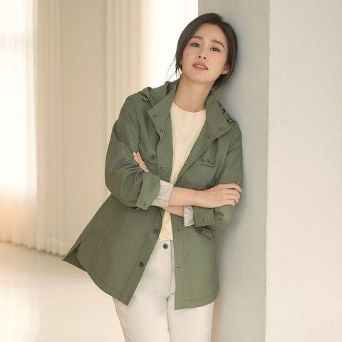 Clothing, Outerwear, Trench coat, Coat, Khaki, Green, Blazer, Jacket, Sleeve, Overcoat,
