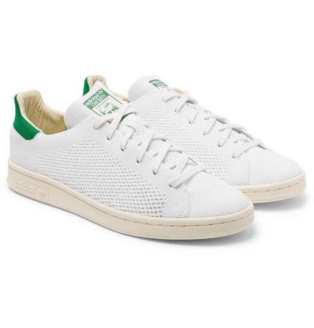 Shoe, Footwear, White, Sneakers, Product, Walking shoe, Beige, Outdoor shoe, Skate shoe, Plimsoll shoe,