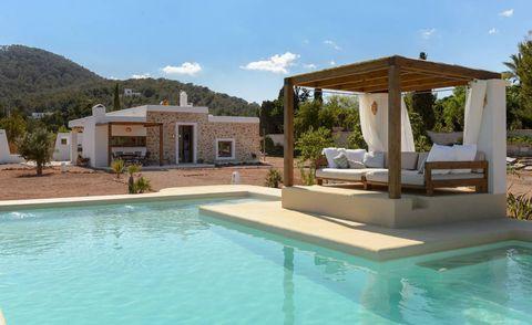 Ibiza Airbnb girls' holiday