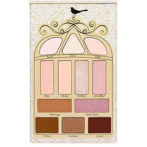 Eye shadow, Eye, Beauty, Organ, Pink, Cosmetics, Human body, Material property, Beige,