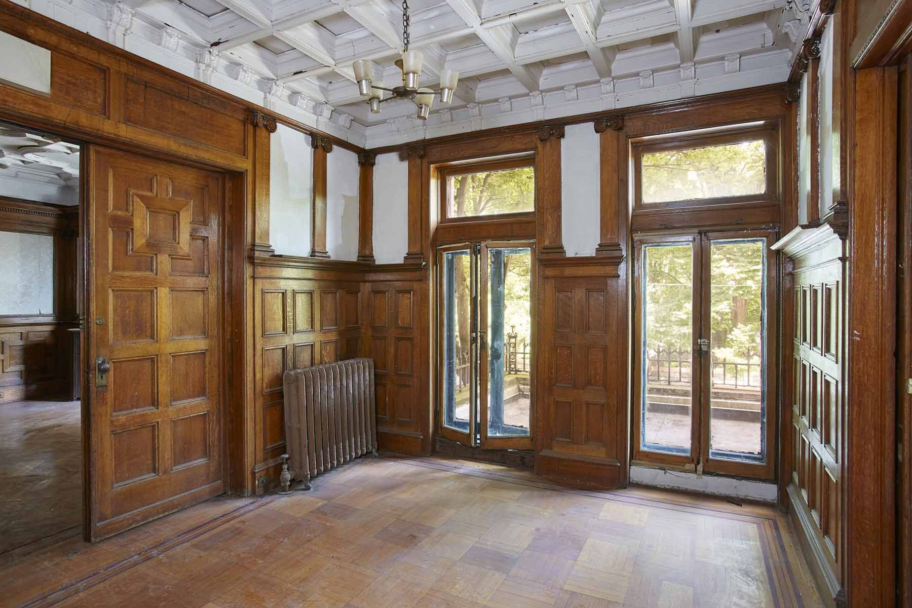 See Inside a Largely Untouched Renaissance Revival Mansion in New York City