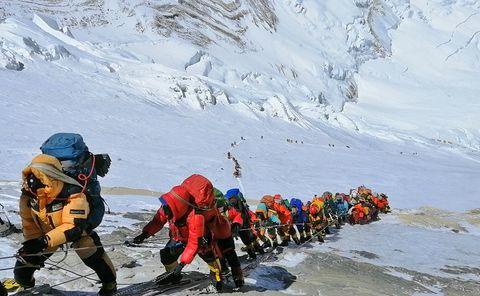 Mountaineering, Mountainous landforms, Mountaineer, Adventure, Geological phenomenon, Mountain, Outdoor recreation, Glacial landform, Recreation, Ridge,