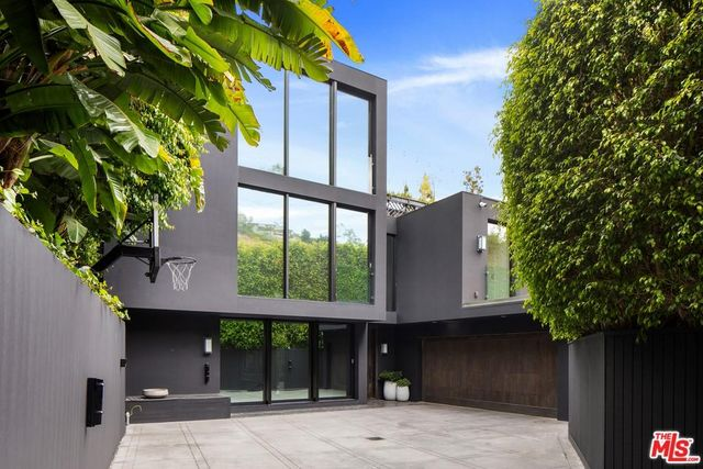 kendall jenners former home in west hollywood los angeles is for sale