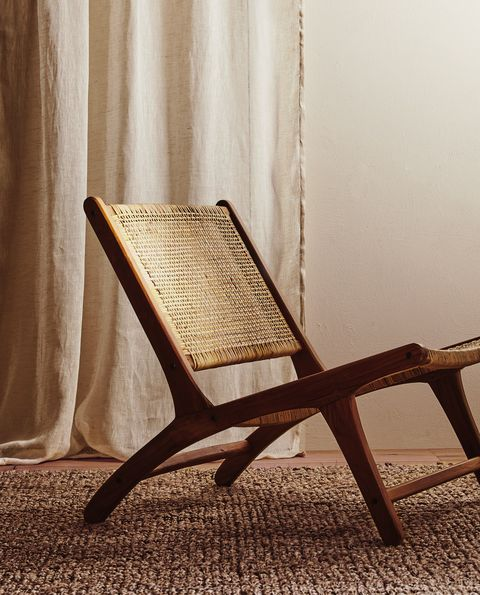 Furniture, Chair, Room, Wood, Outdoor furniture, Chaise longue, Table, Comfort, Interior design,