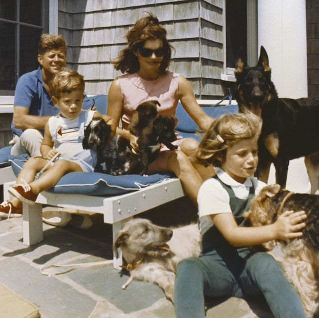 this photograph by cecil stoughton shows president john f kennedy, first lady jacqueline kennedy, and their children, john jr and caroline, on vacation in hyannis port, massachusetts
