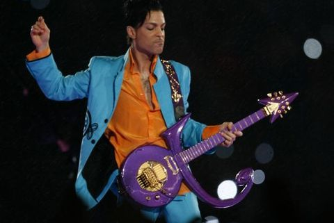 prince performs at 2007 super bowl xli halftime show