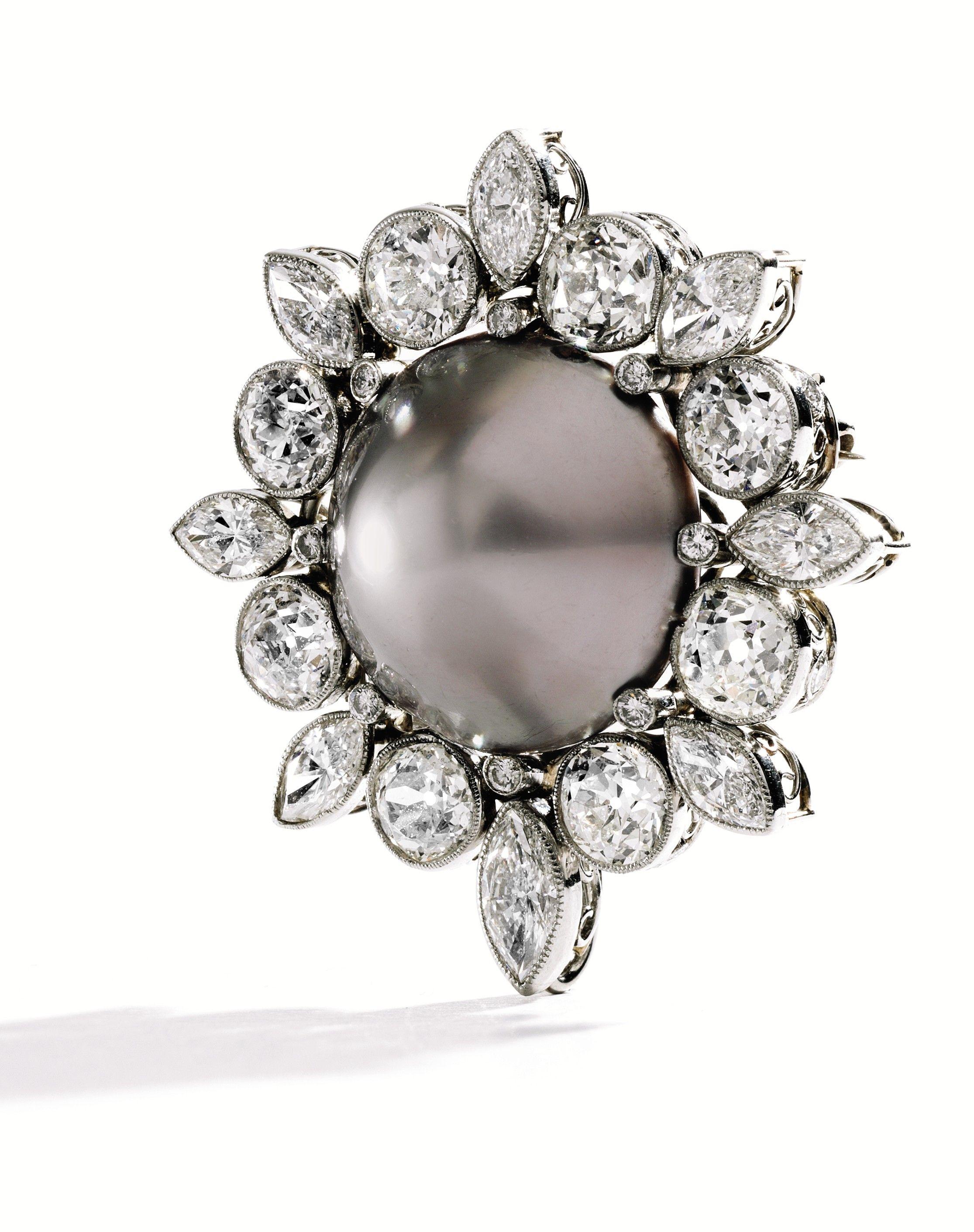 Diamond, natural pearl, brooch