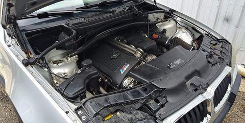 Land vehicle, Vehicle, Car, Hood, Engine, Family car, Auto part, Personal luxury car, Sport utility vehicle, Compact mpv,