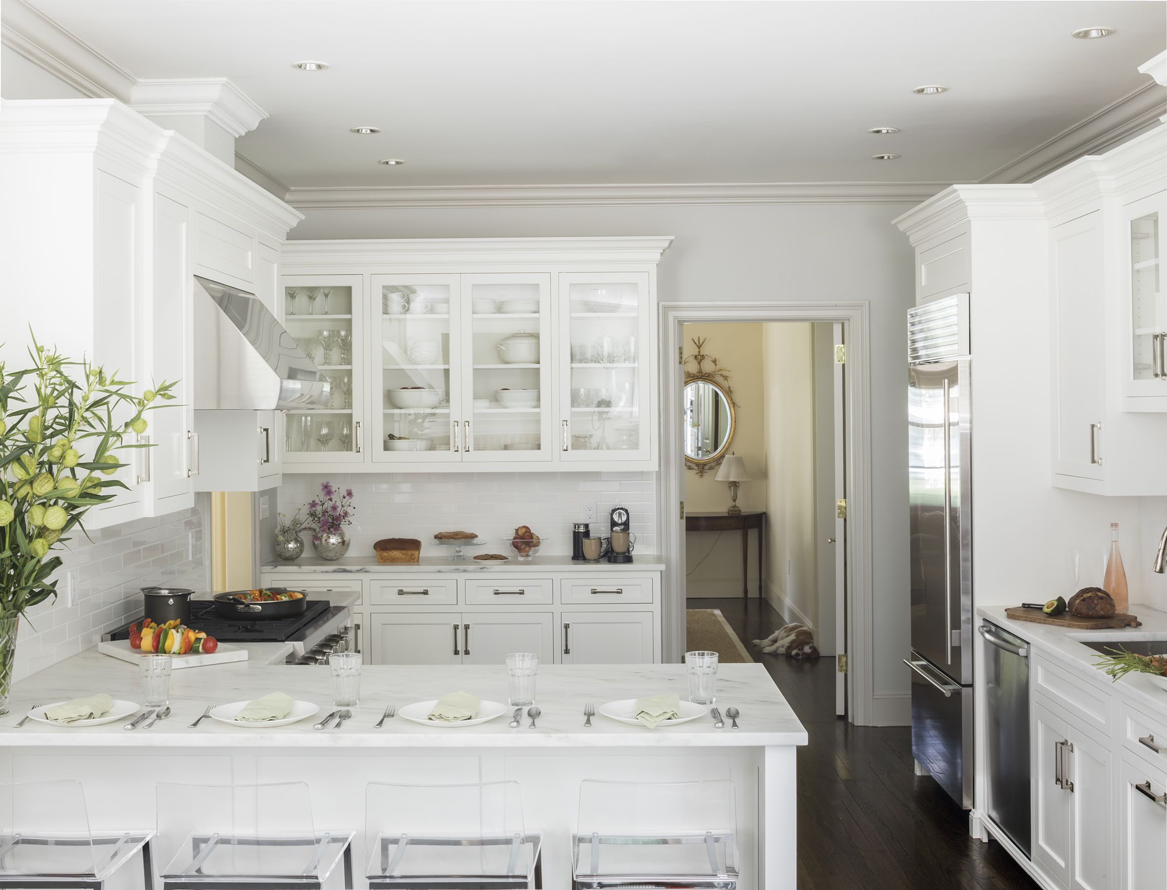 Kitchen Peninsula Ideas - 34 Gorgeous and Functional Kitchen ... on narrow kitchen islands, narrow electric fireplace, narrow kitchen cabinets,