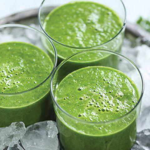 damn delicious green detox smoothie