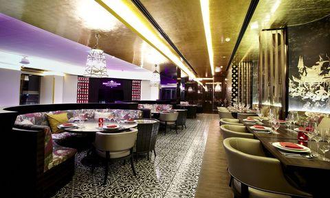 Restaurant, Interior design, Building, Room, Architecture, Ceiling, Table, Coffeehouse, Bar, Café,