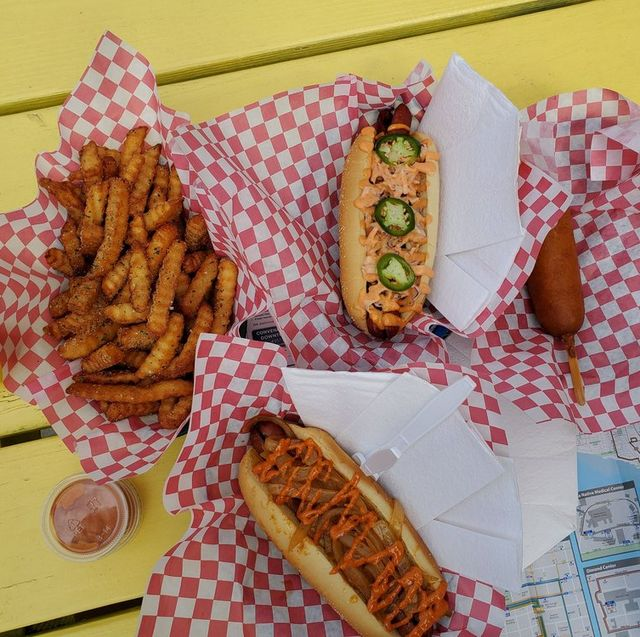 Fast food, Food, Dish, Cuisine, Junk food, Kids' meal, Ingredient, Finger food, American food, Meal,