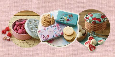 クッキーやちゃこレート、イチゴのお菓子など、春のスイーツを組み合わせた画像