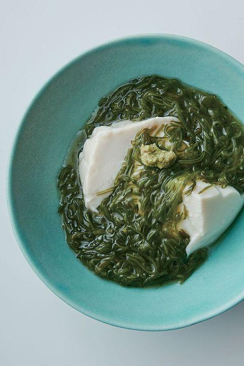 めかぶとわさびのおぼろ豆腐かけ