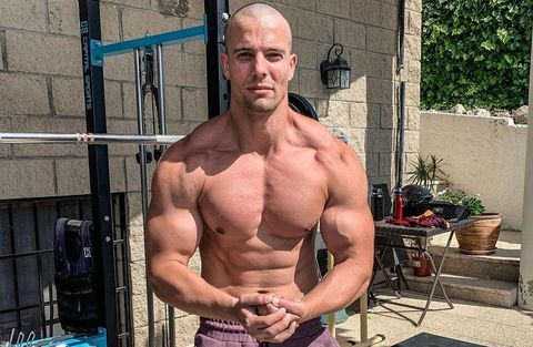 Bodybuilder, Bodybuilding, Barechested, Muscle, Physical fitness, Arm, Chest, Shoulder, Chin, Strength training,