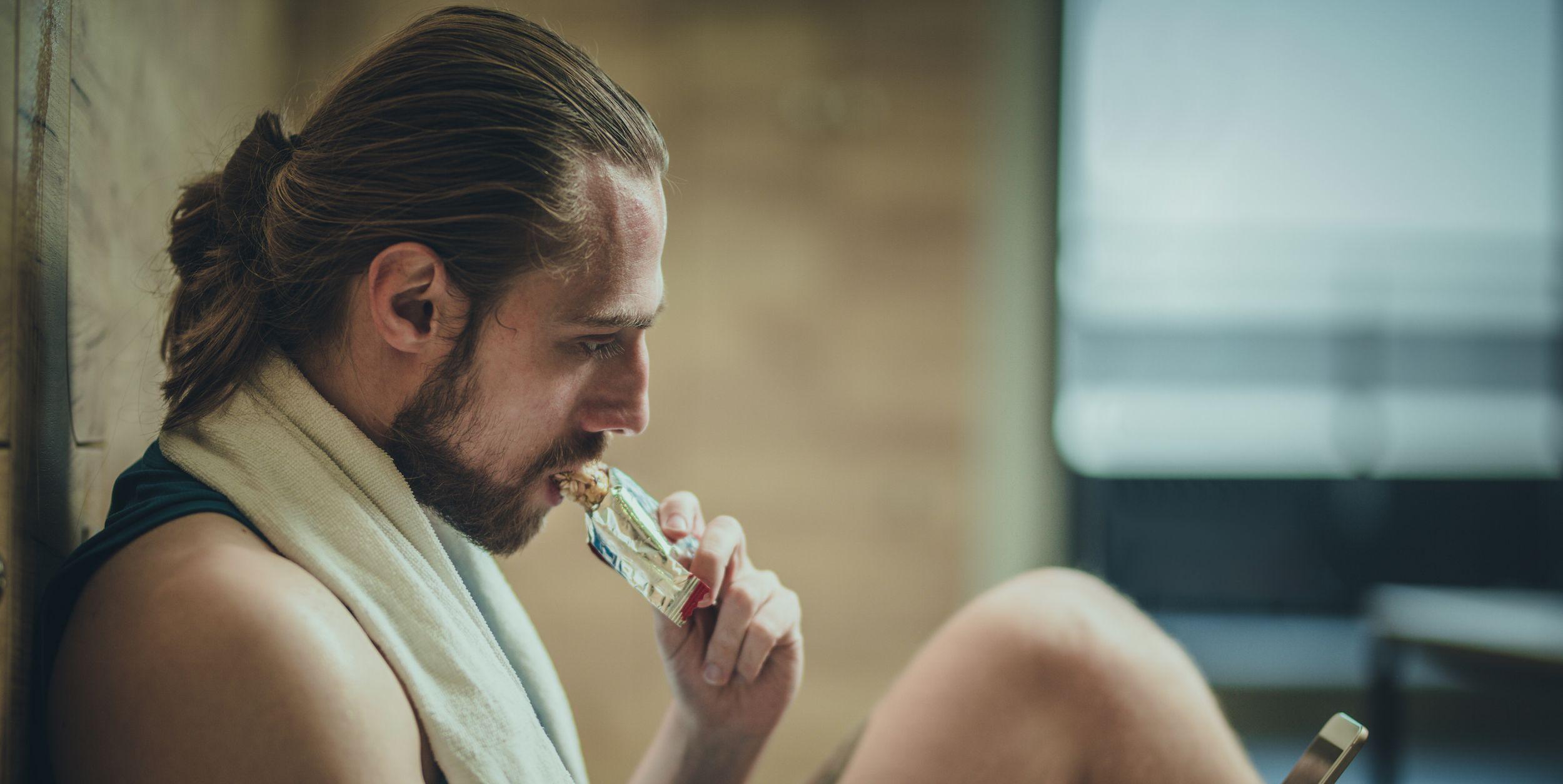 The 13 Best Protein Bars For Men
