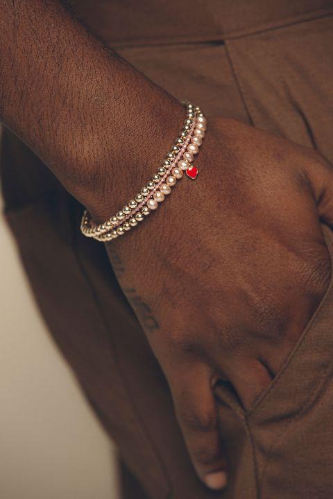 artifacts 獨家選入 polite worldwide 珍珠系列