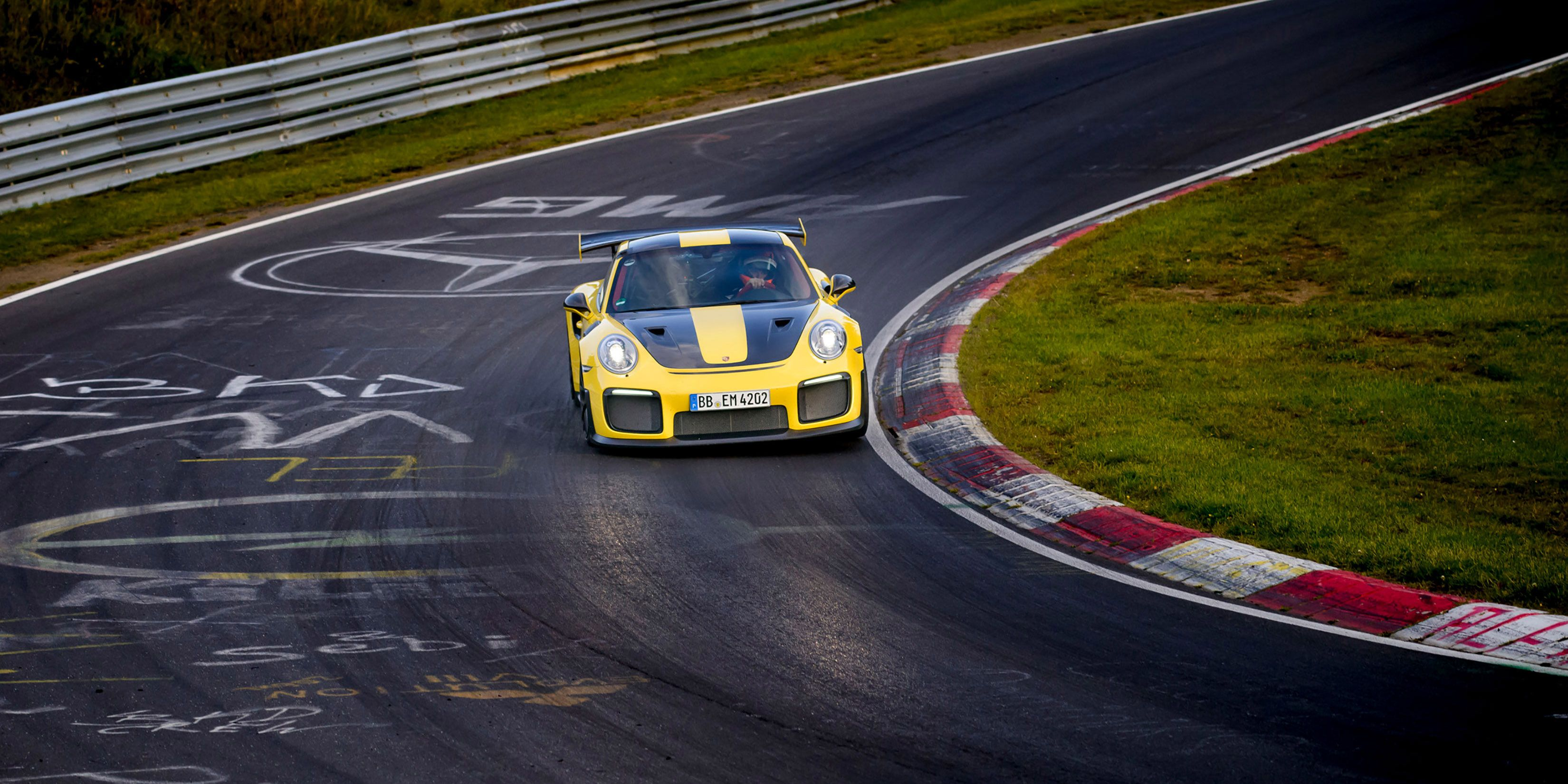 The Porsche 911 GT2 RS Just Obliterated the Lap Record at the Nurburgring