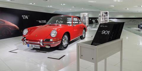 Land vehicle, Vehicle, Car, Porsche 912, Porsche 911 classic, Regularity rally, Coupé, Classic, Sports car, Antique car,