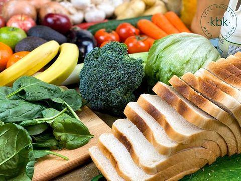 Natural foods, Food, Vegetable, Dish, Leaf vegetable, Cuisine, Vegan nutrition, Ingredient, Vegetarian food, Spinach,