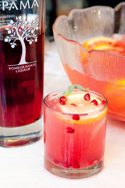 Drink, Juice, Woo woo, Non-alcoholic beverage, Punch, Food, Tinto de verano, Alcoholic beverage, Ingredient, Italian soda,
