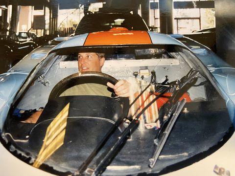 Vehicle, Motor vehicle, Windshield, Automotive design, Automotive window part, Auto part, Automotive exterior, Car, Glass, Helicopter pilot,