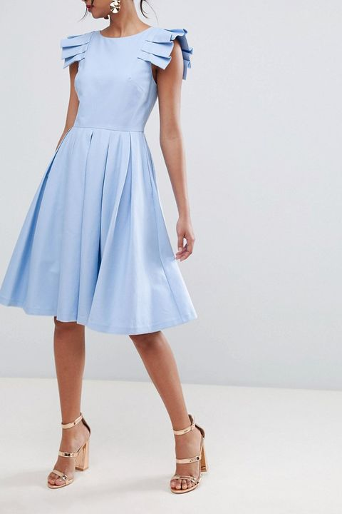 25 Summer Wedding Guest Dresses for 2018 - What to Wear to Summer ... ab38bd6973c8