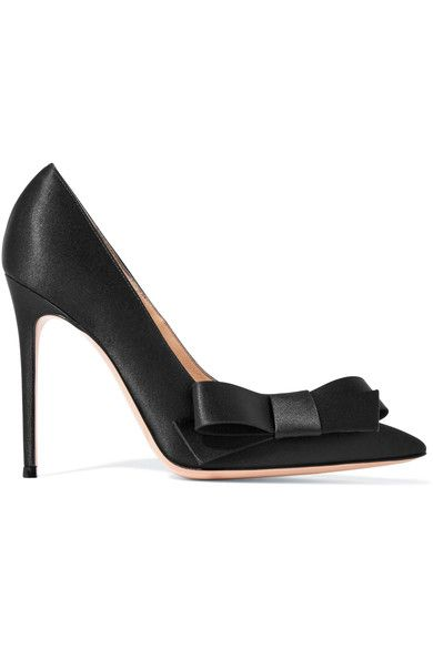 Footwear, High heels, Shoe, Sandal, Court shoe, Leather, Basic pump,