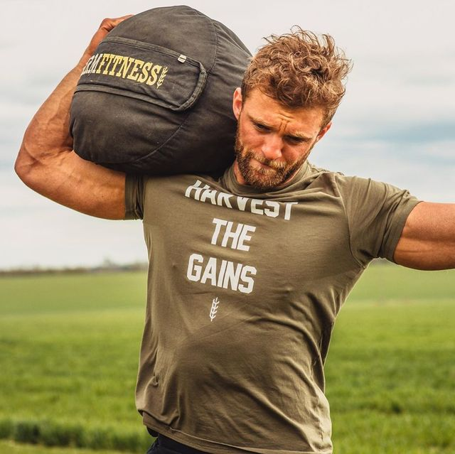 Arm, Shoulder, T-shirt, Sleeve, Muscle, Joint, Neck, Elbow, Sports training, Physical fitness,