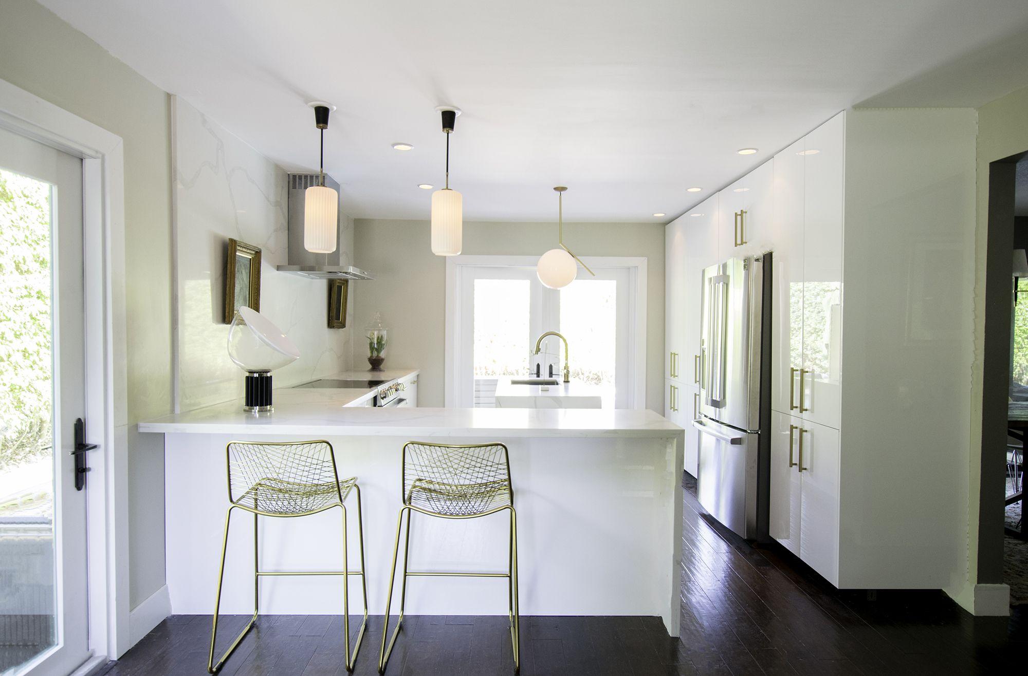 Wondrous Kitchen Peninsula Ideas 34 Gorgeous And Functional Kitchen Pdpeps Interior Chair Design Pdpepsorg