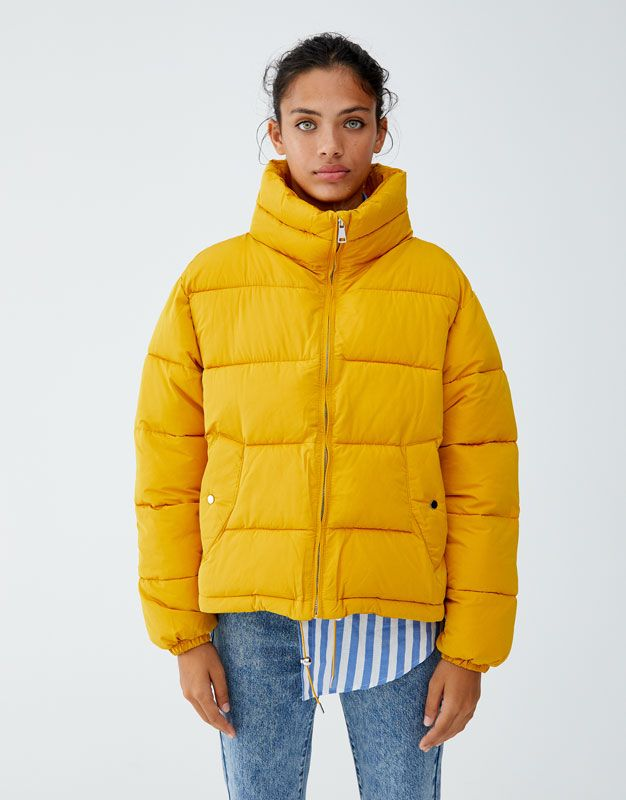 Pull and bear abrigo amarillo