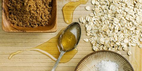 How to bake with sugar substitutes.