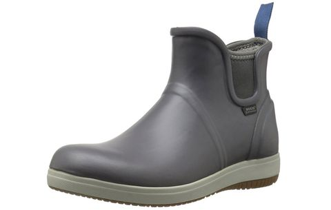 f08e2a56301ff 14 Best Gardening Boots, Clogs, And Shoes You Can Buy On Amazon
