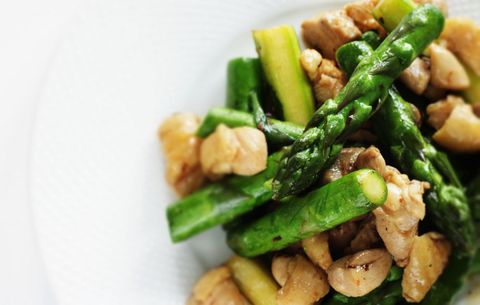 asparagus and chicken stirfry