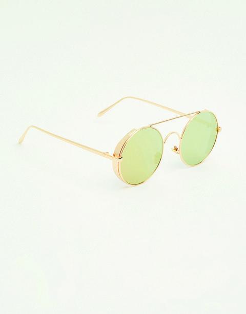 Eyewear, Sunglasses, Glasses, Green, aviator sunglass, Personal protective equipment, Yellow, Vision care, Goggles, Fashion accessory,