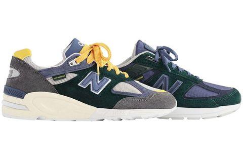 Shoe, Footwear, Outdoor shoe, Sneakers, White, Running shoe, Walking shoe, Product, Athletic shoe, Cross training shoe,