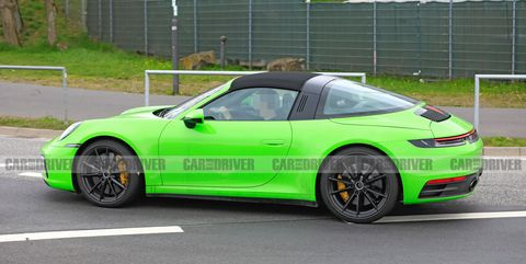 992 Porsche 911 Targa Is Sticking With The Retro Roof