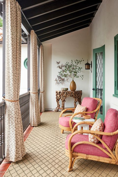 25 Brilliant Balcony Decorating Ideas