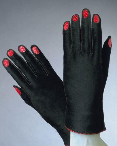 manicured gloves by schiaparelli