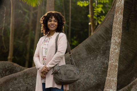 nine perfect strangers  random acts of mayhem   episode 101    promised total transformation, nine very different people arrive at tranquillum house, a secluded retreat run by the mysterious wellness guru masha carmel regina hall, shown photo by vince valituttihulu