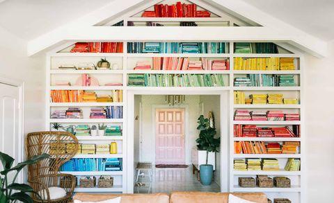Shelf, Room, Furniture, Living room, Shelving, Interior design, Bookcase, Home, Building, Property,